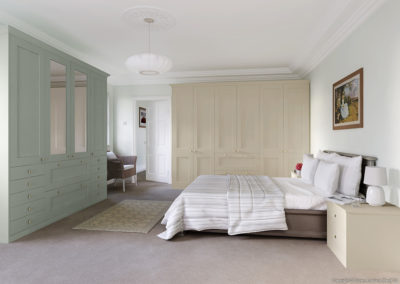 CROWN Midsomer GreyGreen_StoneCream Fitted Bedroom