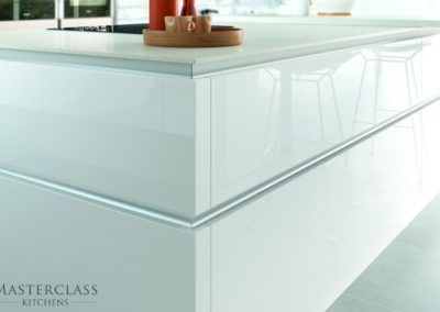 Lumina-Islandcloseup-HLINE-CMYK luxury designer handleless h line kitchen
